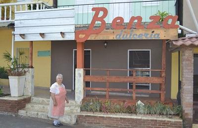 Dona Benza
