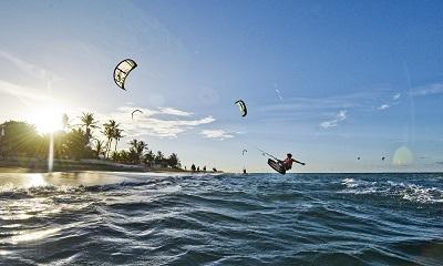 kitesurf-cabarete-1800x1080