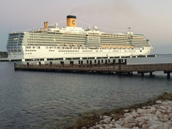 Crucero Amber Cove