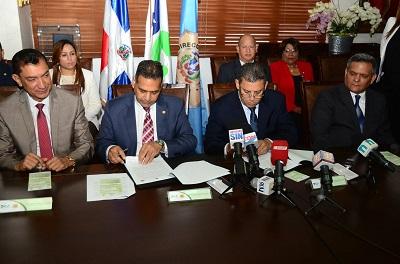 Migracion - Aduanas Infotur Dominicano