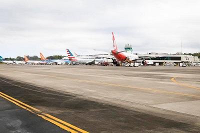 La imagen tiene un atributo ALT vacío; su nombre de archivo es Aeropuerto-Puerto-Plata.jpg
